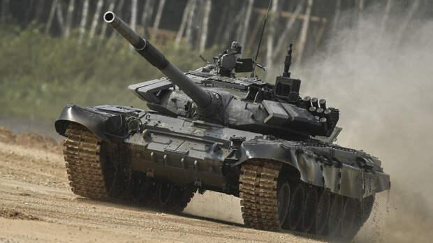 Российские танкисты начали соревноваться в выполнении нормативов в Подмосковье