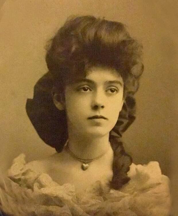 Женщина 1890-х