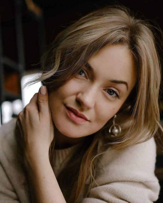 8 клевых фактов о Жене Гришечкиной из «Сметаны ТВ»