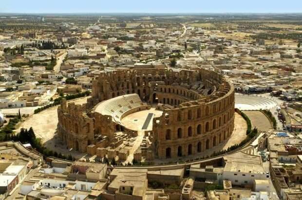 Эль-Джем, Тунис. \ Фото: yandex.ua.