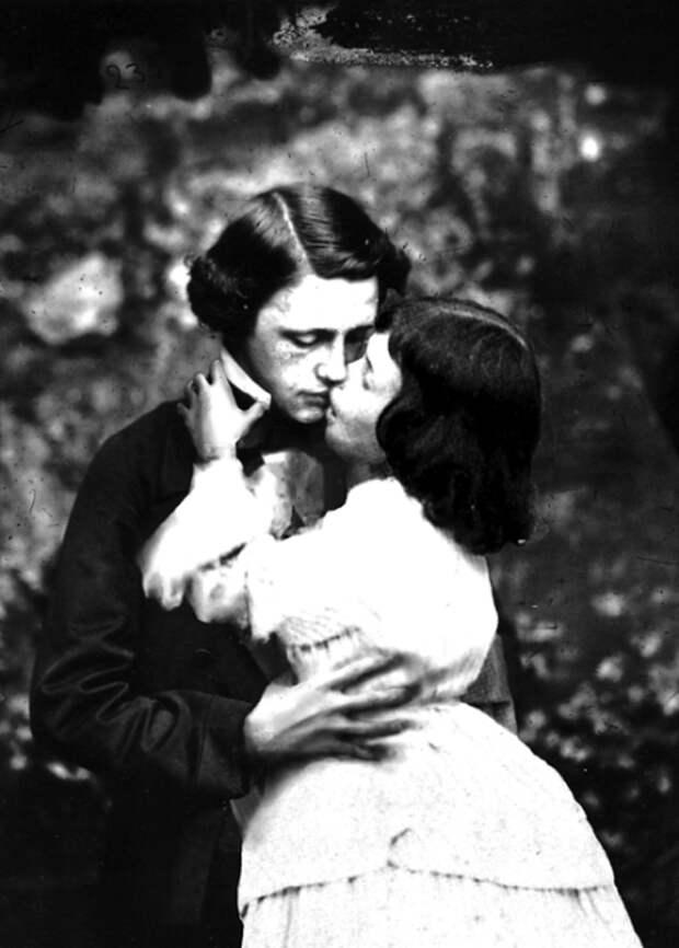 Великие инепорочные: 6 исторических личностей, которые умерли девственниками