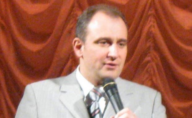 Юморист Ещенко раскрыл неприятные подробности развода спустя 20 лет брака