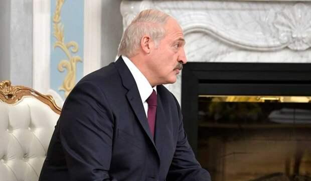 Эксперт Пласковицкий: Белорусские чиновники ненавидят Лукашенко