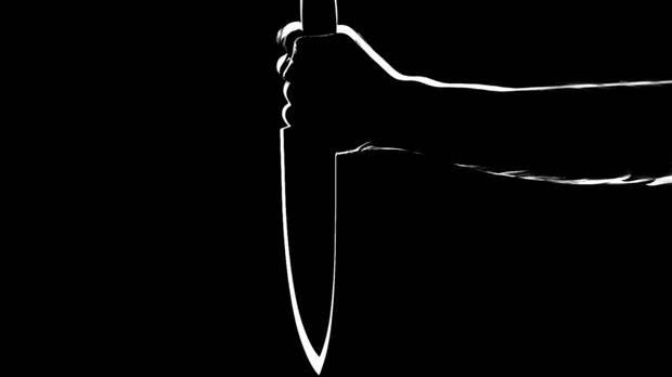 Житель Уфы с ножом набросился на соседа за громкую музыку во дворе