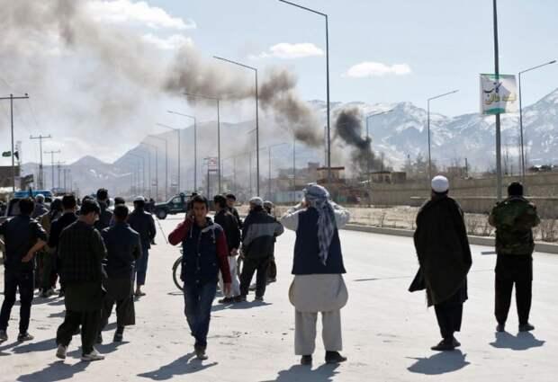 Пакистан призвал США навести порядок в Афганистане, пока туда не пришла Россия