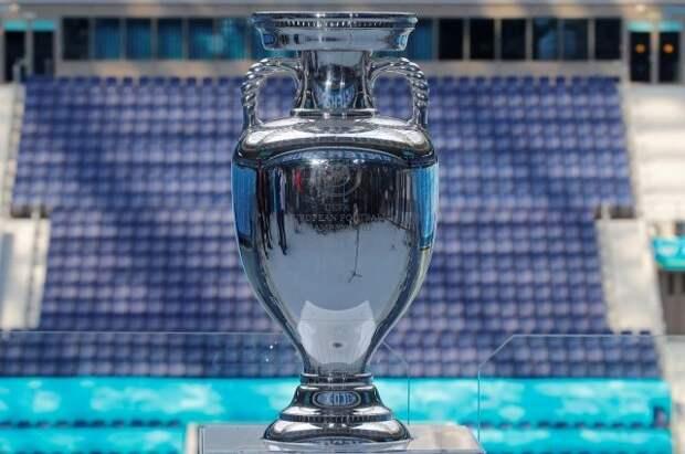 Главный трофей Евро-2020 представили в Москве