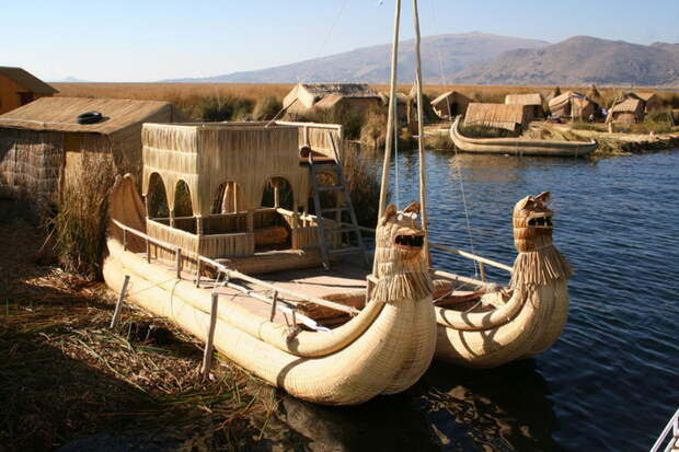 Плавучие острова индейского племени урос