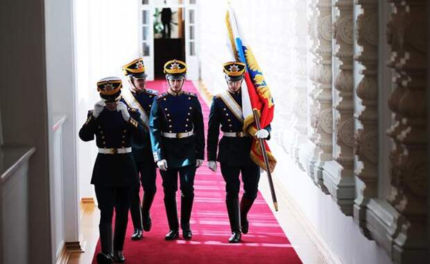 На фото: военнослужащие роты специального караула Президентского полка