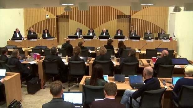 На суде в Нидерландах заслушали записи о сбитом истребителем малайзийском Boeing