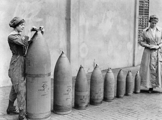 Как Первая мировая война помогла женщинам сбросить корсет