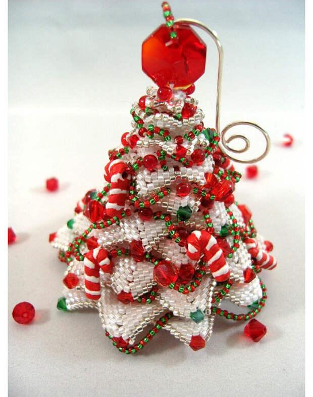 Елочные игрушки из бисера от Christine Heidema