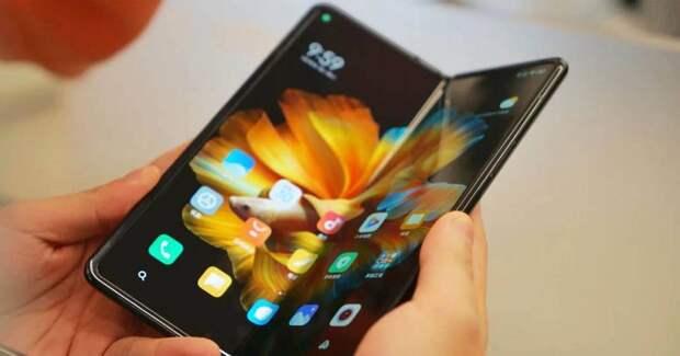 Xiaomi Mix Fold 2 получит гибкий дисплей с повышенной частотой