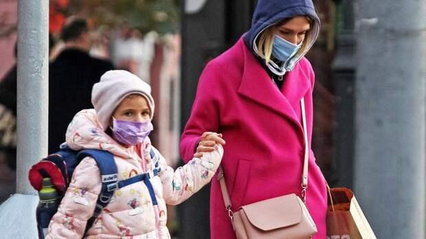 Петербургский врач рассказала, могут ли дети быть переносчиками коронавируса