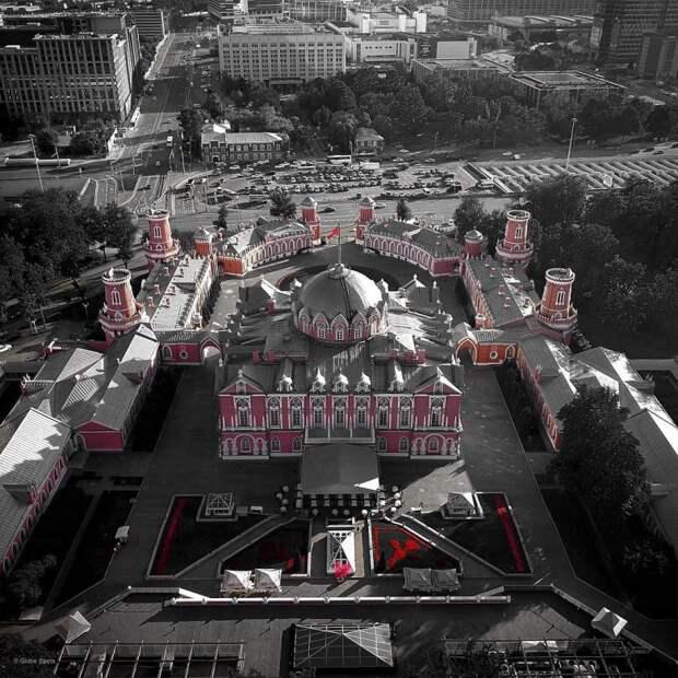 Пролетая над столицей: красавица Москва с высоты птичьего полёта