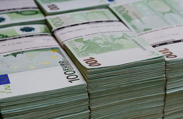 Чехия хочет потребовать от России более 3,5 млрд рублей за взрывы во Врбетице