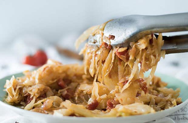 Сочная тушеная капуста семи вкусов: готовим на обычной сковороде
