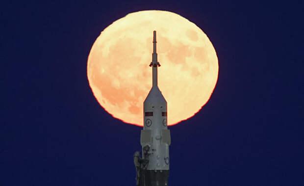 CША выиграли «лунную гонку» 50 лет тому назад. Теперь Путин жаждет реванша