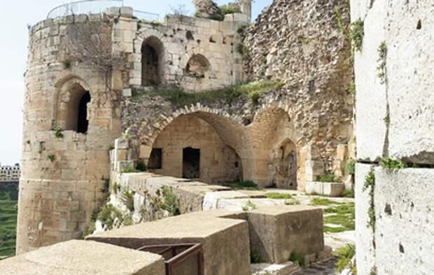 Как реставрируют старинный замок Крак-де-Шевалье в Сирии