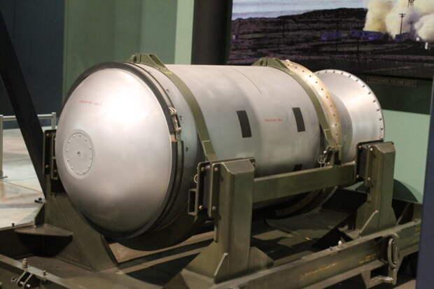 ПоИзраилю нанесли удар ракетой с 400-килограммовой боеголовкой
