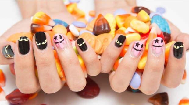 Тыквы, пауки и мыши: топ идей для маникюра на Хэллоуин