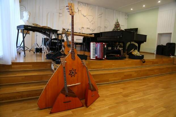 63 новых инструмента получили школы искусств Ижевска