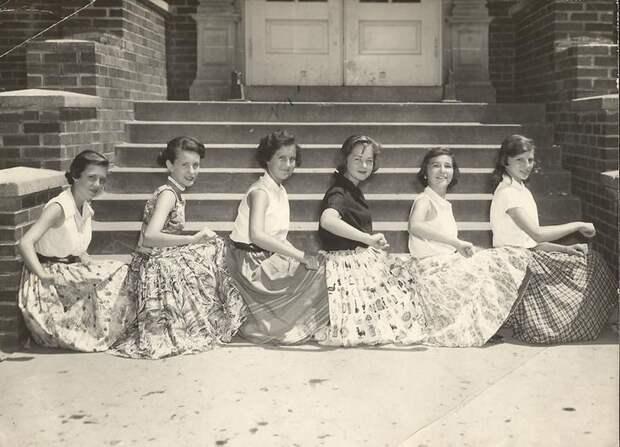 Доказательства того, что наши мамы и бабушки знали о шике и моде побольше, чем нынешнее поколение