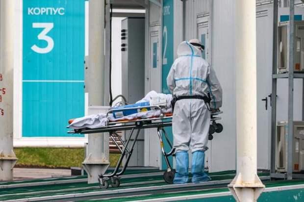 Инфекционист Малышев назвал причину роста заболеваемости COVID-19 в Москве