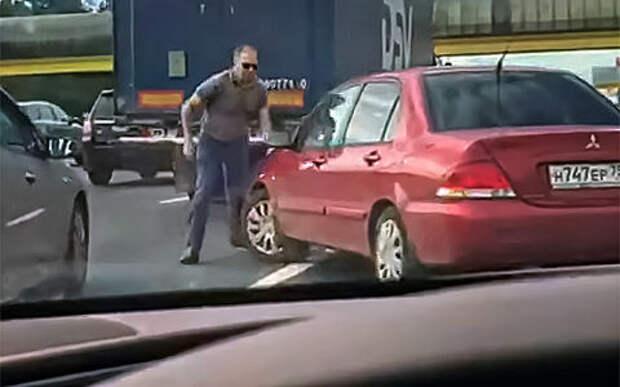 Сбежавший автомобиль. Топ-6 видеороликов