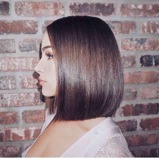 Стильные варианты стрижек на короткие волосы фото 10