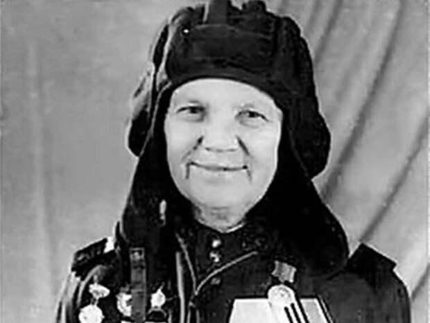 Александра Ращупкина: зачем женщина-тракторист 3 года притворялась мужчиной