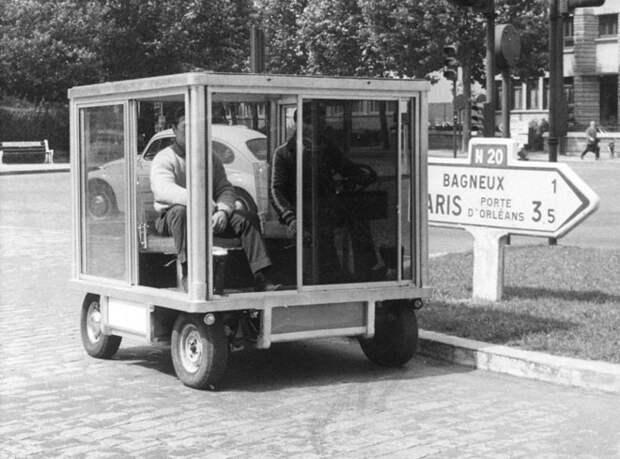 Прототип автомобиля для города. Обеспечивает легкий доступ со всех 4-х сторон и может развивать скорость 95 км/час, 1967 год авто, мото, ретро