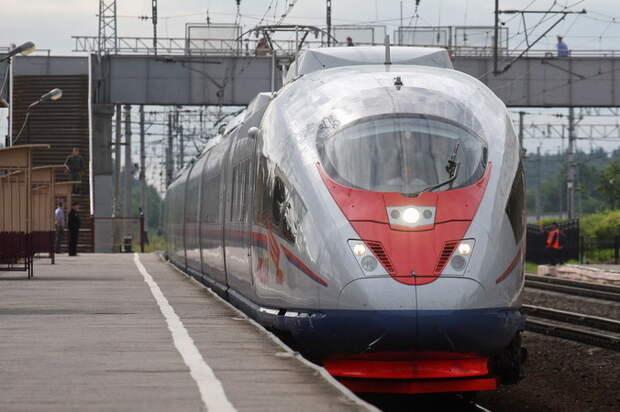 Власти Москвы запустили тестирование двухэтажного поезда