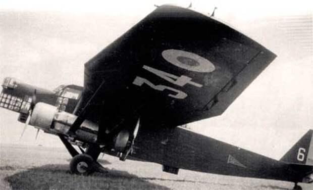 Бомбардировзик F.221