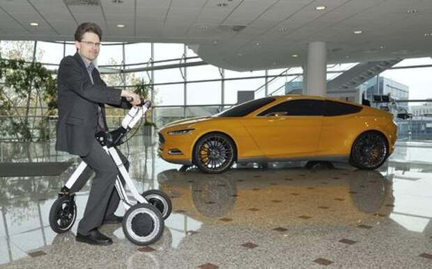 Там, где машина не пройдет: Ford представил технологии дополненной мобильности