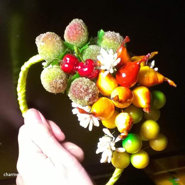 Ободок с ягодами из полимерной глины