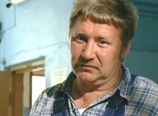 «Победил рак и воссоединился с сыном» Ефрейтору Збруеву уже 74 года, как выглядит и живет актер