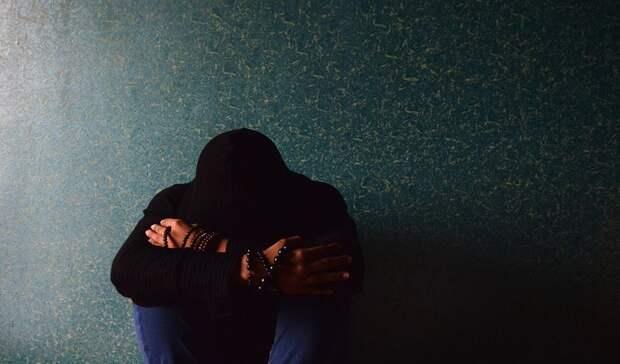 «Мне нужны твоя колонка и рюкзак»: в Приморье подростки ограбили двух мужчин