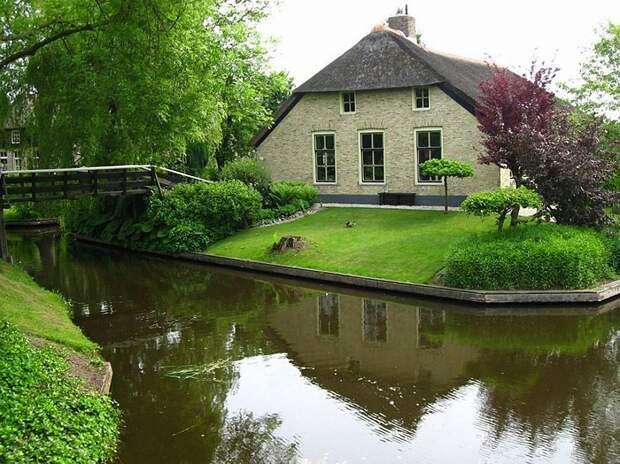 Giethoorn02 Гитхорн: деревня, где нет дорог
