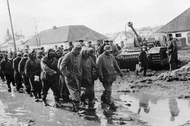 Немецкие пленные в Москве, 1943.