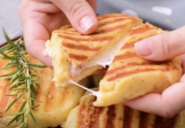 Готовим бутерброды без хлеба: кладем начинку прямо в картошку