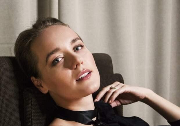 Актриса Виолетта Давыдовская выбрала электронное голосование