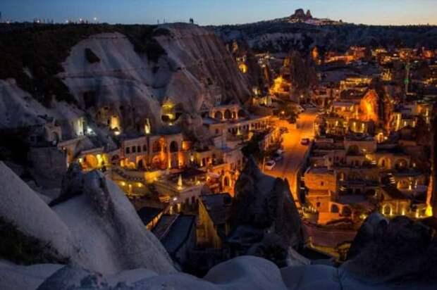 Самые необычные поселения в мире, где люди умудряются жить