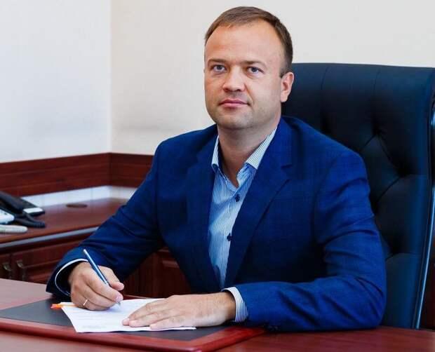 Аксёнов принял отставку министра строительства и архитектуры Крыма