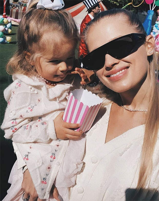 Владислав Доронин и Кристина Романова устроили масштабную вечеринку по случаю 4-летия дочери