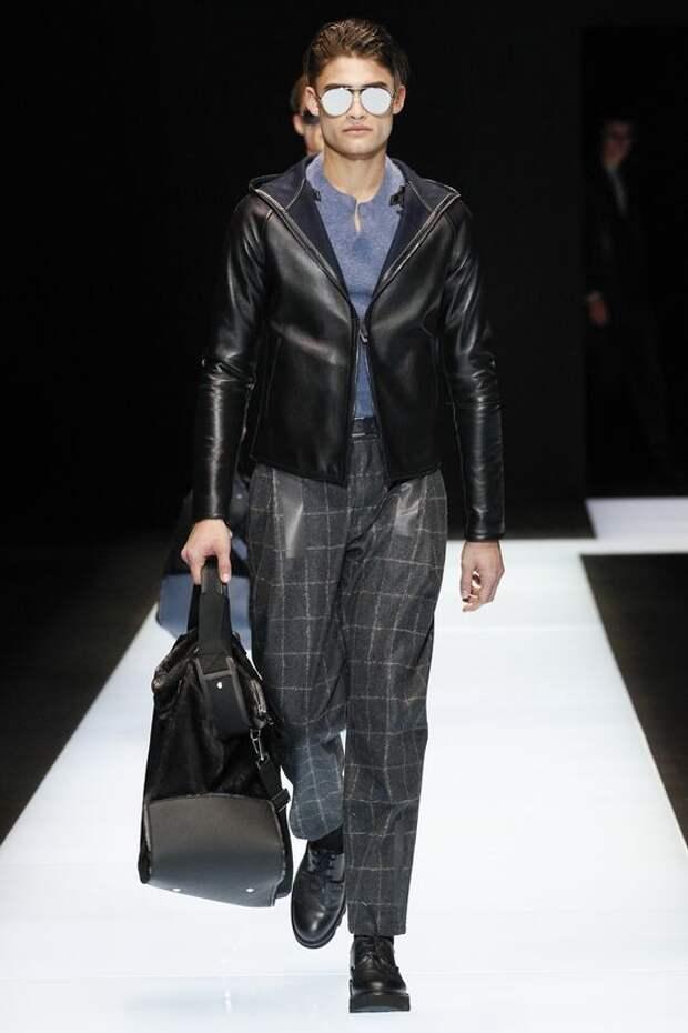 Emporio Armani черная кожаная куртка на молнии