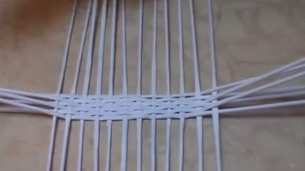Начало плетения дна