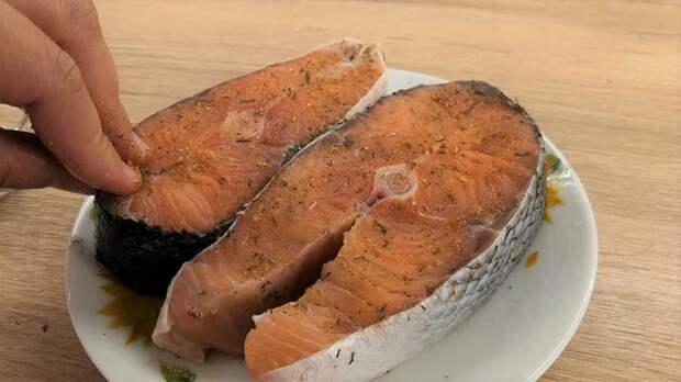 Рыба в бумаге Еда, Рыба, Кулинария, Видео рецепт, Вкусно, Рецепт, Видео, Длиннопост