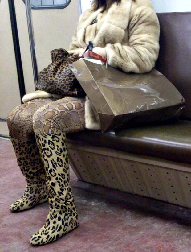 Сплошная роскошь в метро.