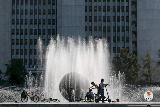 В Екатеринбурге до конца недели запустят все фонтаны