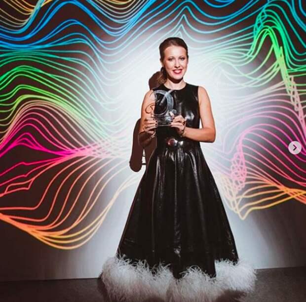 Ксения Собчак получила премию за фильм об отце